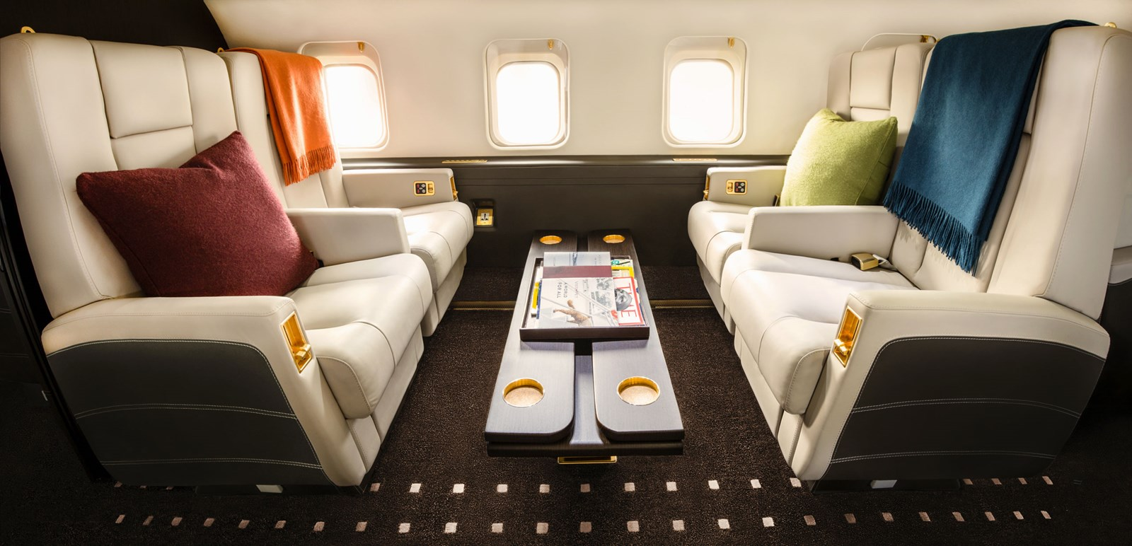 Challenger 850, Challenger 850 Aircraft, Challenger 850 Jet | VistaJet
